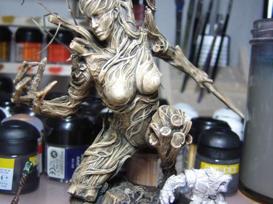 Eine Baumfrau