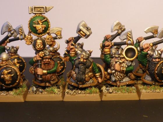12 Zwergenkrieger - Klanbrüder der Goldschmiede