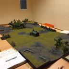 Spieltisch mit Partie: 650p Orks&Goblins vs. Gruftkönige - Kurz Kampagne / Schlacht 1: Plündert die Gruft!