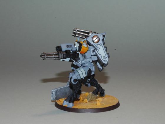 Crisis Commander mit Gatling Fetisch